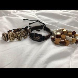 Jewelry - Travellers bracelet set